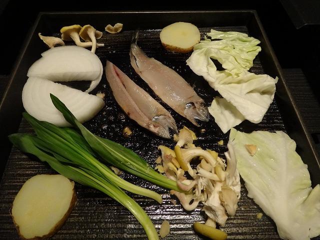 ラビスタ大雪山レストランヌプリ狩人焼_野菜と魚から焼く