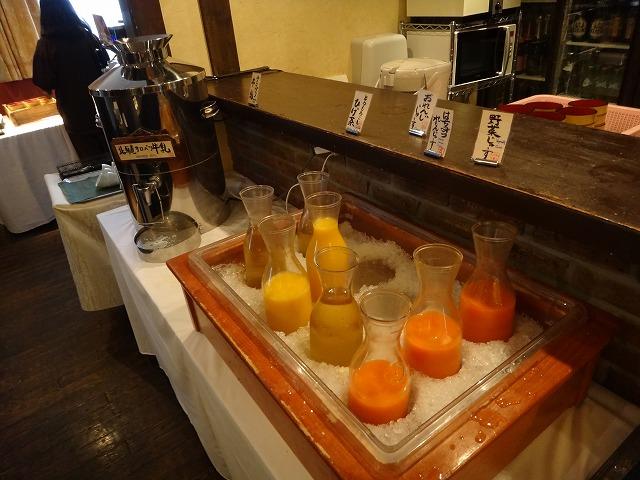 ラビスタ大雪山2016年4月朝食和洋バイキング料理_各種ジュース