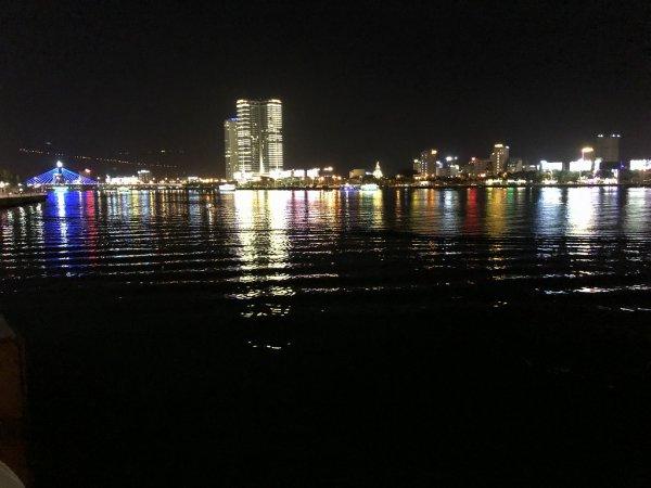 ベトナム・ダナンのロン橋(ドラゴン橋)_ダナン中心部側から見る景色1