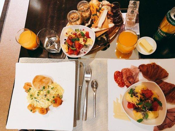 フュージョンマイアダナン_ルームサービスで夜9時に食べた朝食all
