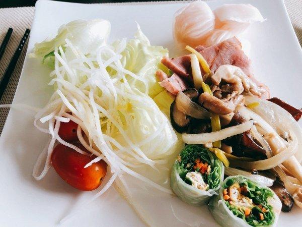 フュージョンマイアダナン朝食ブッフェ_お野菜や温かいおかず