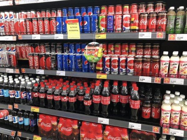 ダナンのスーパーヴィンマート(Vin Mart)_コカコーラ価格