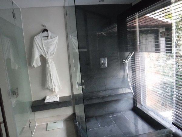 フュージョンマイアダナン部屋_バスルームシャワールーム