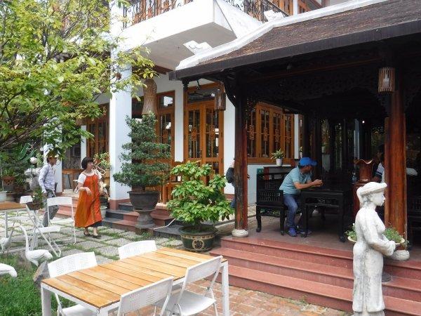 ベトナムフエ1日観光|宮廷料理レストランHoa Vien Gerden Restaurant建物
