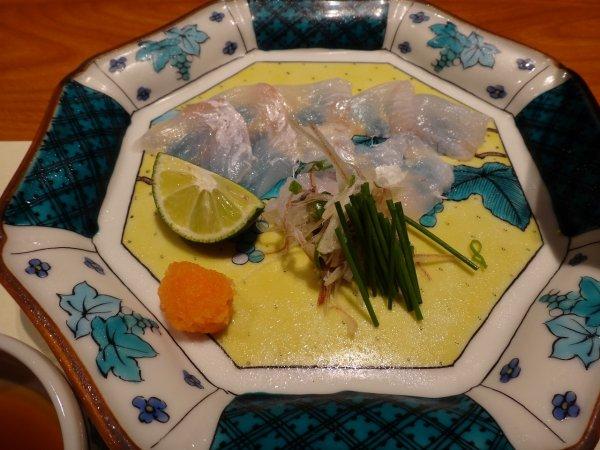 カムイの湯ラビスタ阿寒川レストラン「ワッカピリカ」の夕食_天然ヒラメのお造り
