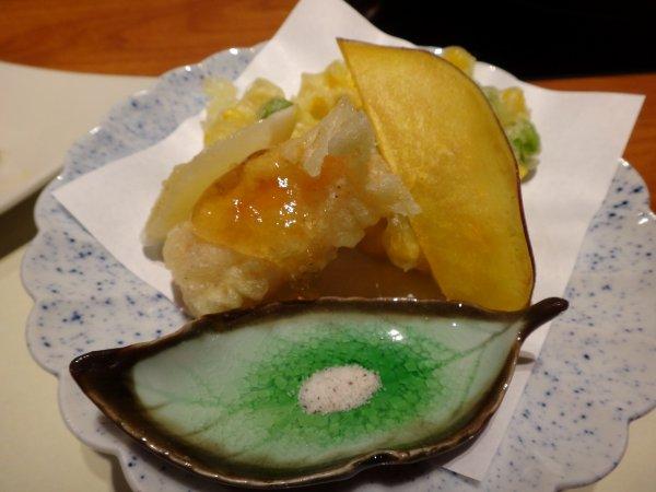 カムイの湯ラビスタ阿寒川レストラン「ワッカピリカ」の夕食_北海タラバのライスペーパー巻き