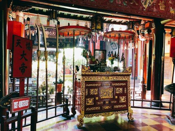 ホイアン旧市街観光_関羽を祀る関帝廟モニュメント