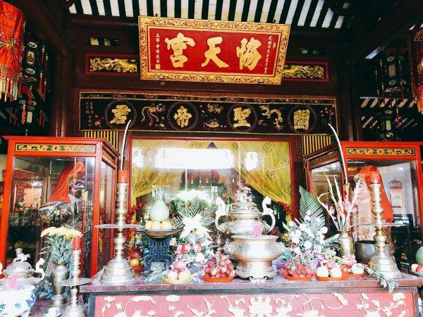 ホイアン旧市街観光_関羽を祀る関帝廟