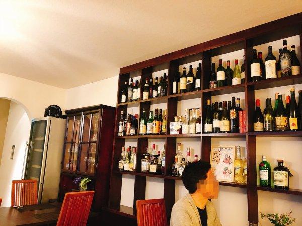 札幌イタリアンリッチRICCI cucinaITALIANA1回め_奥のテーブル席から店内右側