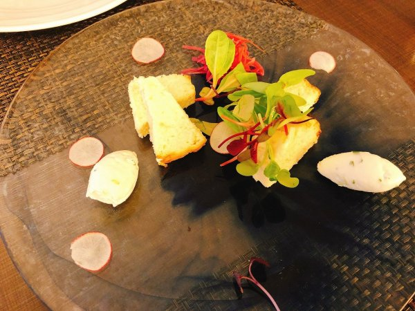 札幌イタリアンリッチRICCI cucinaITALIANA1回め実食_一皿目白老毛カニと野付ホタテのテリーヌ