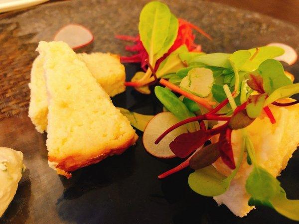札幌イタリアンリッチRICCI cucinaITALIANA1回め実食_一皿目白老毛カニと野付ホタテのテリーヌアップ