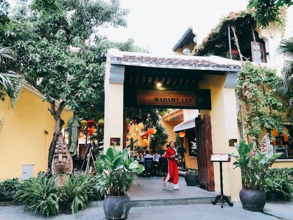 ベトナム・ダナンの高級レストラン マダム・ランMadame Lan_入り口