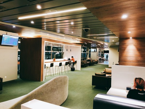 ダナン国際空港第二ターミナルプライオリティ・パスラウンジ_入り口付近