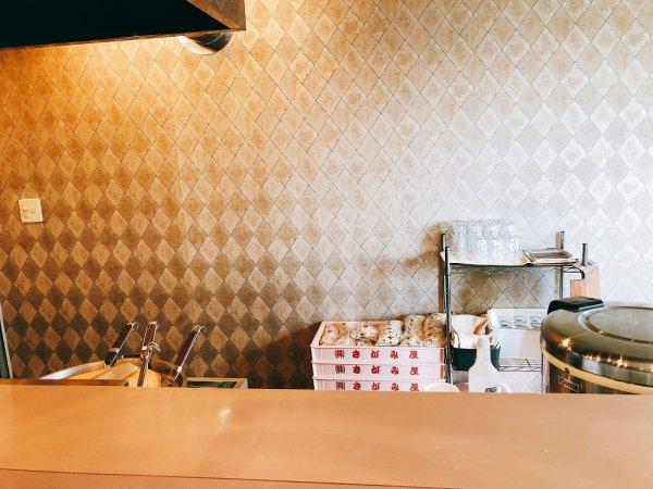 千歳ラーメン麺や麗(めんや れい)_カウンター内にあったさがみ屋製麺さん 麺箱
