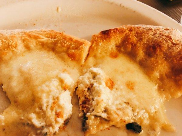 札幌イタリアンリッチRICCI cucinaITALIANAリピート2回めイザ実食_〆のお皿ピザ・マルゲリータのハーフサイズ