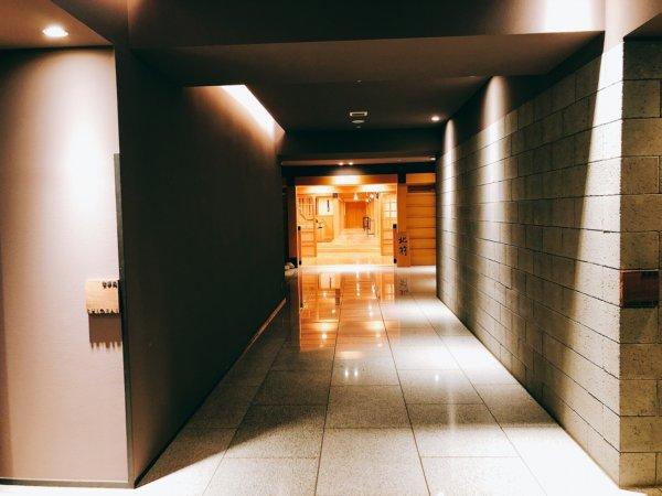 望楼NOGUCHI函館ブログ宿泊記【食事】夕食_2階食事処廊下