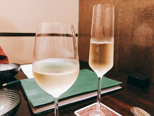 望楼NOGUCHI函館ブログ宿泊記【食事】夕食_スパークリングと白ワイン