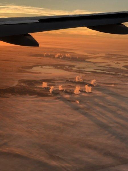 【メキシコ旅行】プエルトバジャルタの行き方_ANAヒューストン便_機内で見た朝焼け3
