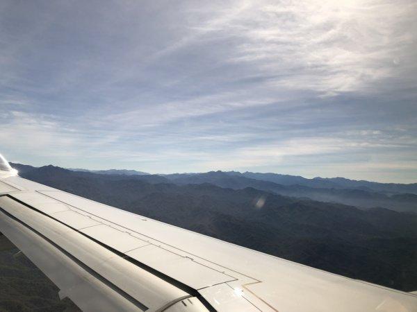 【メキシコ旅行】プエルトバジャルタの行き方_UNITEDプエルトバジャルタ便機内からの景色