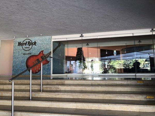 メキシコ_ハードロックホテルバリャルタ_エントランス