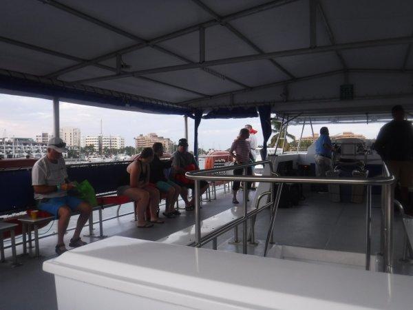 ワールドベンチャーズDreamTripsにセットされていたマリエタス諸島ツアーMARIESTA ECO-DISCOVERRY_乗船