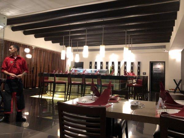 ハードロックホテルバリャルタのディナーレストラン_日本・アジア料理 ZEN_店内の様子