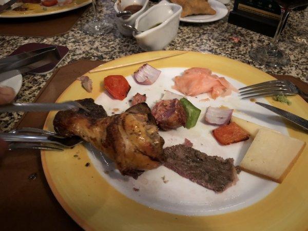 ハードロックホテルバリャルタのディナーレストラン_ブラジル料理 IPANEMA_シュラス料理_鶏肉