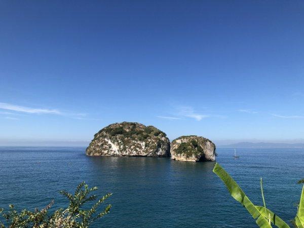 メキシコ・プエルトバジャルタ市内観光ツアースポット_バジャルタの国立海洋公園「Los Arcos」