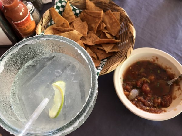 メキシコ・プエルトバジャルタ市内観光ツアースポット_テキーラ工場で飲んだマルガリータ