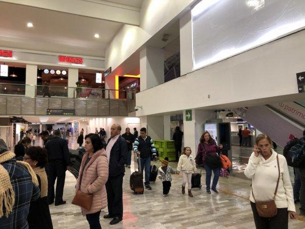 メキシコシティ国際空港_国内線到着ロビー