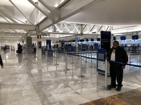 メキシコシティ国際空港_ANA搭乗受付入り口