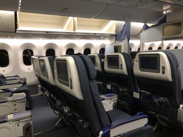 ANAメキシコシティ発成田便のプレミアムエコノミー席_座席の様子