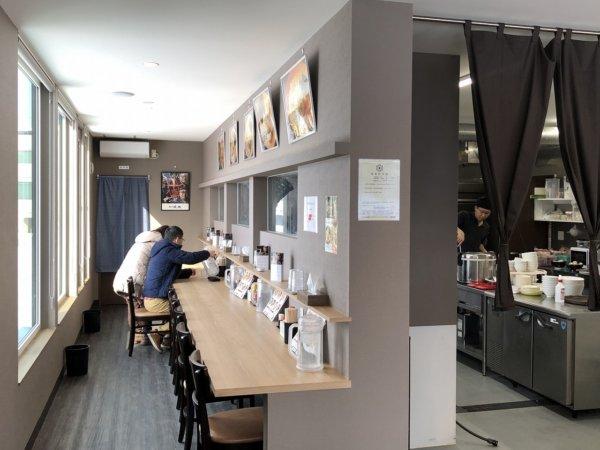 新札幌でラーメンが美味しい店|麺や虎鉄(めんやこてつ)厚別店_カウンター席