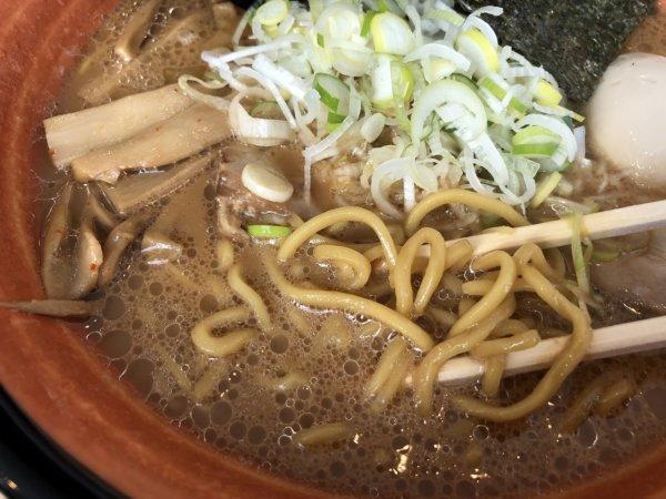 新札幌でラーメンが美味しい店|麺や虎鉄(めんやこてつ)厚別店_特醤油らーめん2