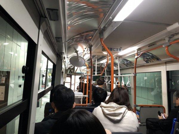 羽田空港に近いホテル京急EXイン羽田_無料シャトルバス内部