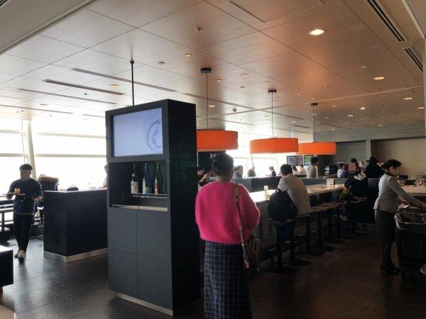 羽田空港国際線ターミナルANAラウンジ_中の様子3
