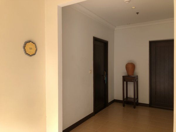 インターコンチパタヤ宿泊記_ホテル内客室入り口