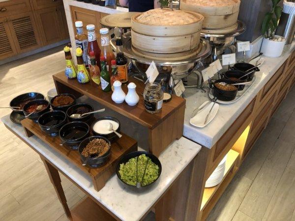 インターコンチネンタルパタヤリゾートの朝食_会場のお料理4