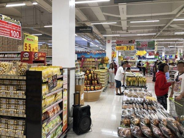 パタヤのスーパーマーケットビッグC_店内の様子2