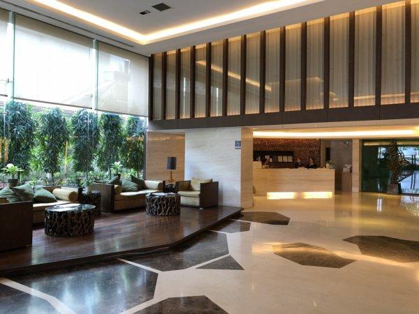 バンコクのホテル 安くて綺麗、日本語OKのジャスミンリゾートホテル_ロビー