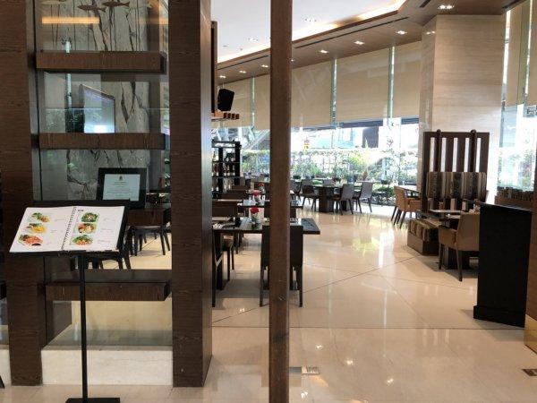 バンコクのホテル 安くて綺麗、日本語OKのジャスミンリゾートホテル_ロビーレストラン