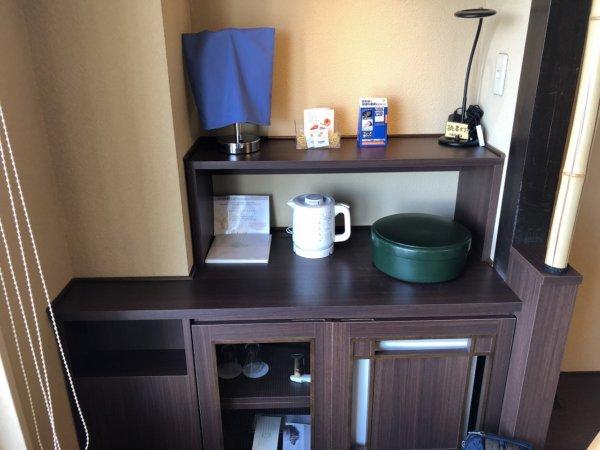 海の別邸ふる川の過ごし方②_客室「オーシャンフロント和室8畳」_装備品茶器セット