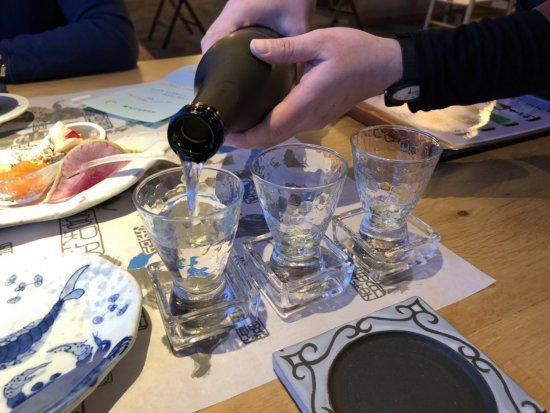 海の別邸ふる川の食事処海の詩_料理に合わせて日本酒きき酒セット