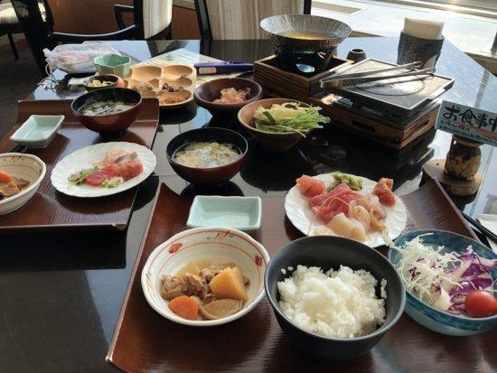 海の別邸ふる川_朝食でとったお料理の写真
