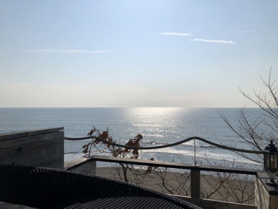 海の別邸ふる川_ロビーラウンジ外のお庭3